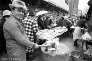 sprzedaz-miesa-na-ulicy